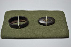 時代刀装具縁頭梅象嵌図