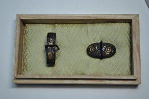 時代刀装具縁頭菊図